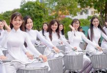 Mật mí các mẫu áo dài cho các bạn nữ thêm duyên dáng trong buổi khai giảng năm học mới